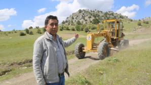 Erdemli Belediyesi Sorgun Yollarını Düzenliyor