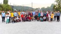 Sporsever Gençler, Gündüz Tarlada Akşam Sahada