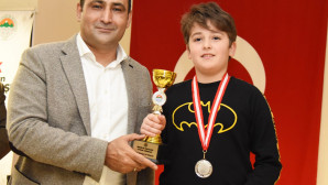 Toroslar Belediyesi'nden Atatürk'ü Anma Satranç Turnuvası