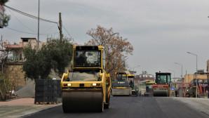 Büyükşehir, Çiftçiler Caddesi'nde Çalışmalarını Sürdürüyor