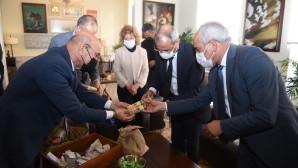 Tarsus'un Atalık Tohumları İzmir Topraklarında