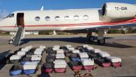 1.3 ton uyuşturucu madde ele geçirildi! Türk pilot operasyon devam ederken motorları ateşleyip kaçmaya çalışmış